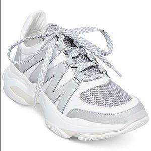 Steve Madden Maximus Chunky Dad Sneaker Women's